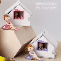 Ballerina SORRISO con casa in legno