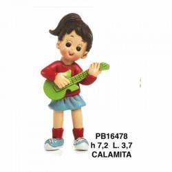 RAGAZZA CHITARRISTA 7.2 CM. RESINA-CALAMITA