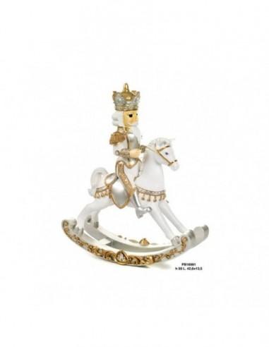 Re dorato su cavallo a dondolo